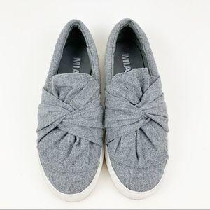 MIA Cloth Twist Style Sneakers Flats Sz 7.5 Gray